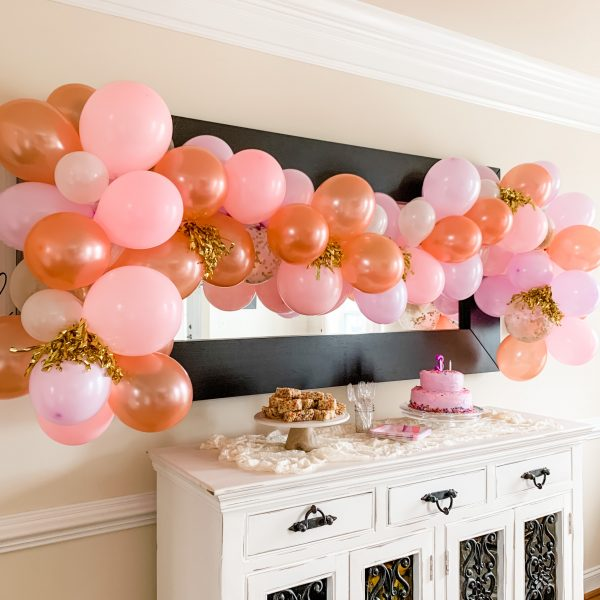 Make Your Own Balloon Garland